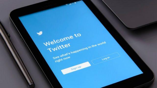 """Twitter introduce la sezione """"Esplora"""" all'interno della app"""