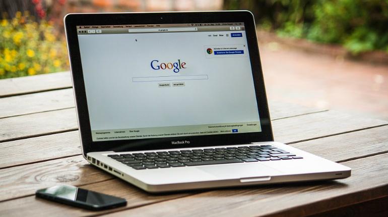 Google ricorda ai possessori di siti web di non esagerare con i backlink