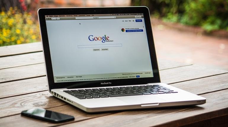 Google ha rimosso 100 pubblicità cattive al secondo