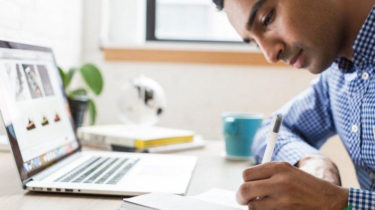 I vantaggi del seguire un corso online