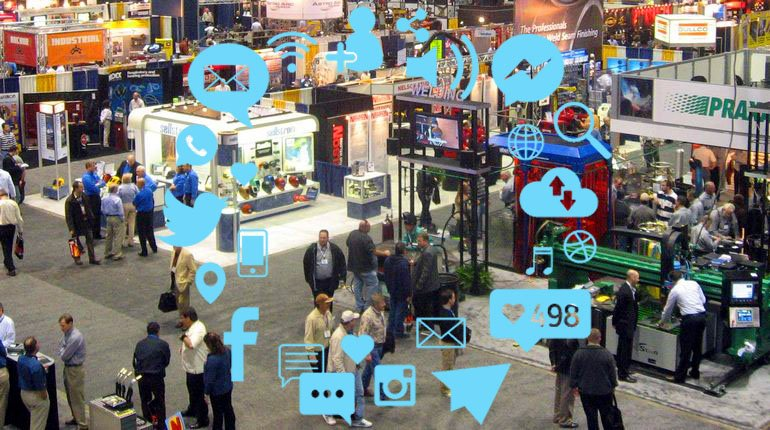 Email, social media marketing e gadget in fiera
